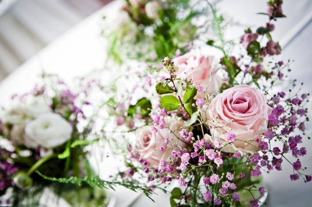 Свадьба0 в Тоскане. Рустикальные цветочные украшения для столов / Wedding in Tuscany. Rustic flower decor for tables