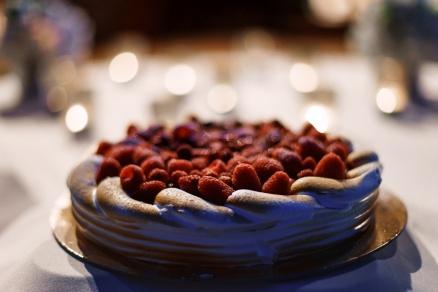 свадебный торт с меренгой