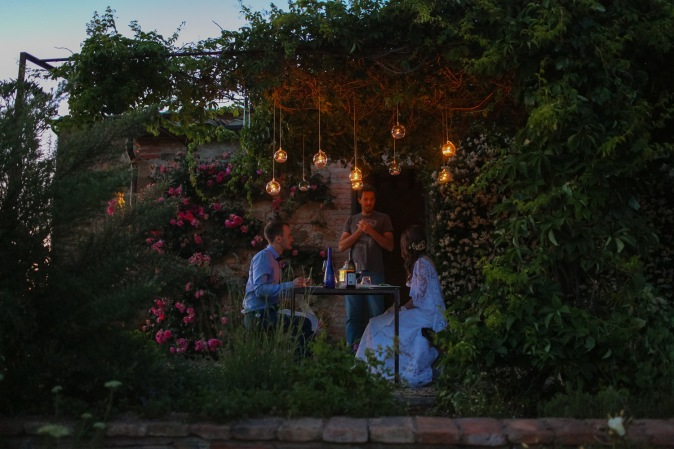 Wedding in Tuscany - al fresco wedding dinner