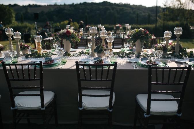 свадьба в тоскане цветочное оформление свадебного стола