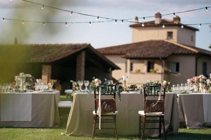 wedding table decor ideas wedding in tuscany