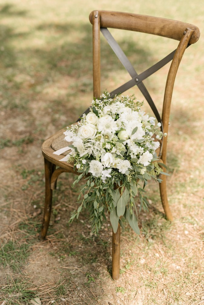 Wedding in Tuscany. Cascading wedding bouquet