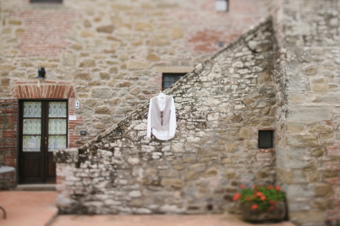 wedding in umbria farmhouse