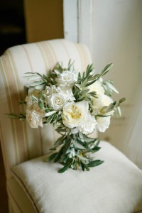 white flowers bridal bouquet