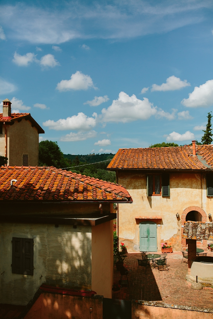 family reunion in tuscany